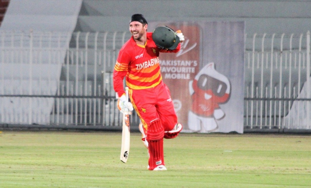 #MOTM: @BrendanTaylor86 was awarded the Man of the Match for his 112 from 117 balls in the 1st ODI against @TheRealPCB in Rawalpindi #1stODI | #PAKvZIM | #VisitZimbabwe | #ICCSuperLeague | #BowlOutCovid19