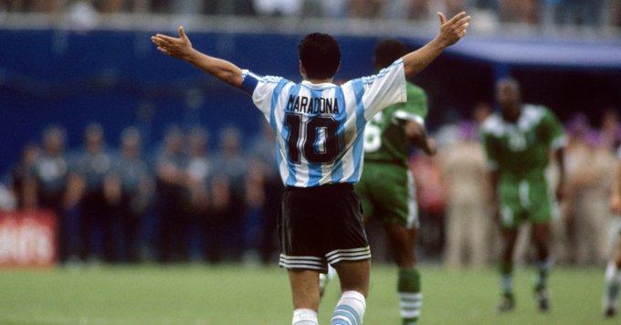 """Maradona faz 60 anos e garante que teria ganho """"uma tonelada"""" de Bolas de Ouro"""