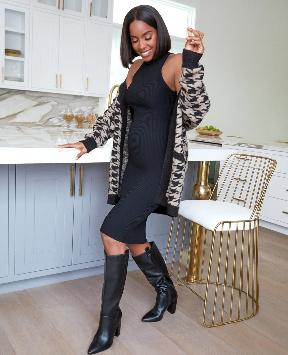 The right pair of boots can elevate any look (and make you do a little happy dance, too!). That's why @kellyrowland curated a collection of her favorite fall styles just for you! Shop the #KellyRowlandxJustFab collection here: https://t.co/fCFp9NHKOh https://t.co/DUIF4jLLKN