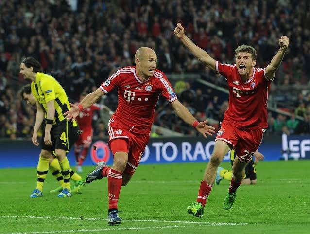 Uefa Champions League 2013: El Dortmund y el Bayern se enfrentaban en una final Alemana, el Dortmund de Reus, Lewandowsky y Götze, los de Klopp empezarían perdiendo el partido a los 6 mins Gundogan empataría, pero al 88 Arjen Robben le daría el gol de la victoria a los barbaros https://t.co/9mFNup9Dxn