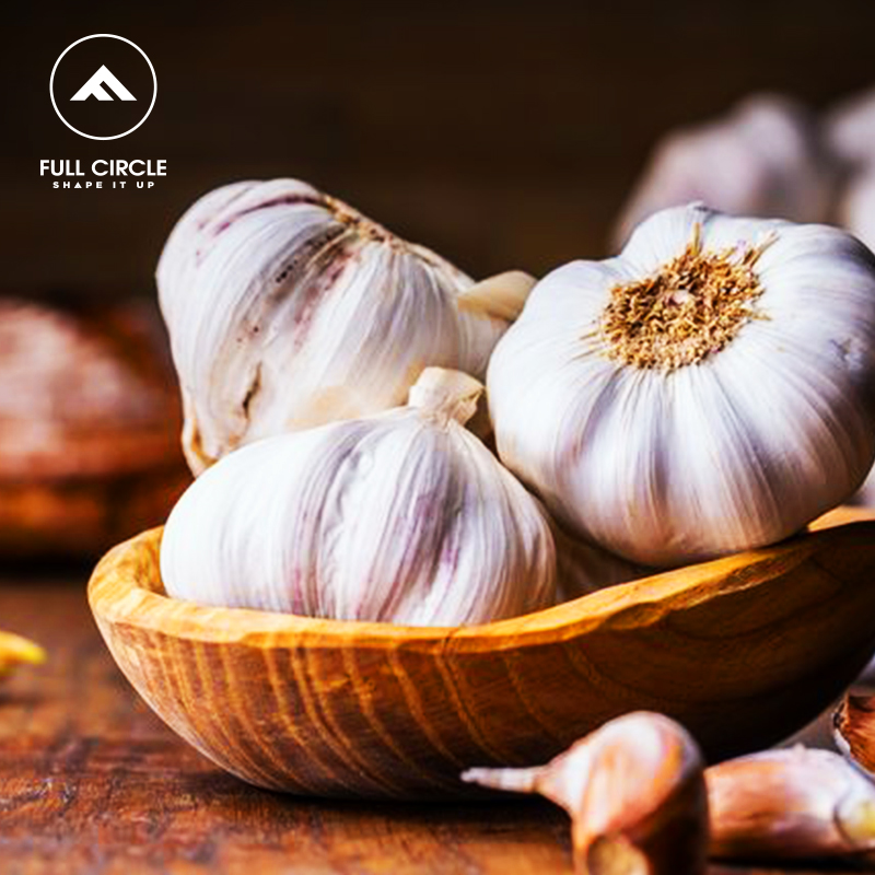 Consuming garlic on a daily basis (in food or raw) helps to lower cholesterol levels because of the anti-oxidant properties of Allicin. #fullcirclebody #bodystrength #backmuscles #instaEMS #nutrition #healthyliving #healthfacts #mydubai https://t.co/0fcJBdKY2x