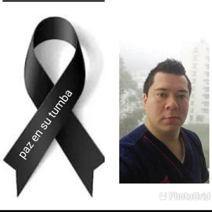 #Atención   Murió Alejandro Lombo, de 32 años de edad quien se desempeñaba como jefe de enfermeros y enfermeras de la #Clinica #Comfamilar #Risaralda víctima del #COVID-19. #CanalCNC #Pereira se solidariza con su #familia, #amigos, #compañeros y #profesionales de la #salud... https://t.co/sJ5t66WIkm