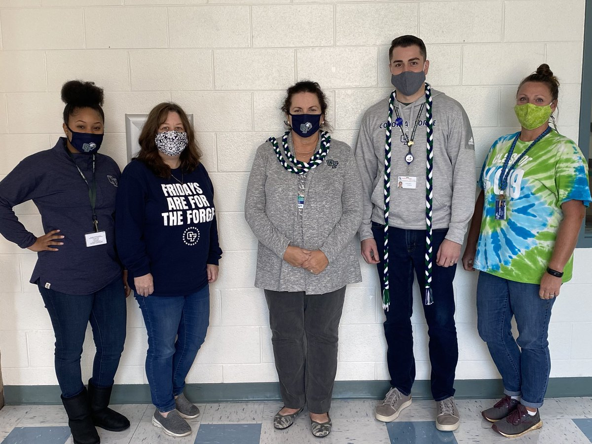 CF Counseling showing our #ForgeFriday spirit!!!! @greenwall2021 @ForgeAthletics https://t.co/2u7FJrISYw