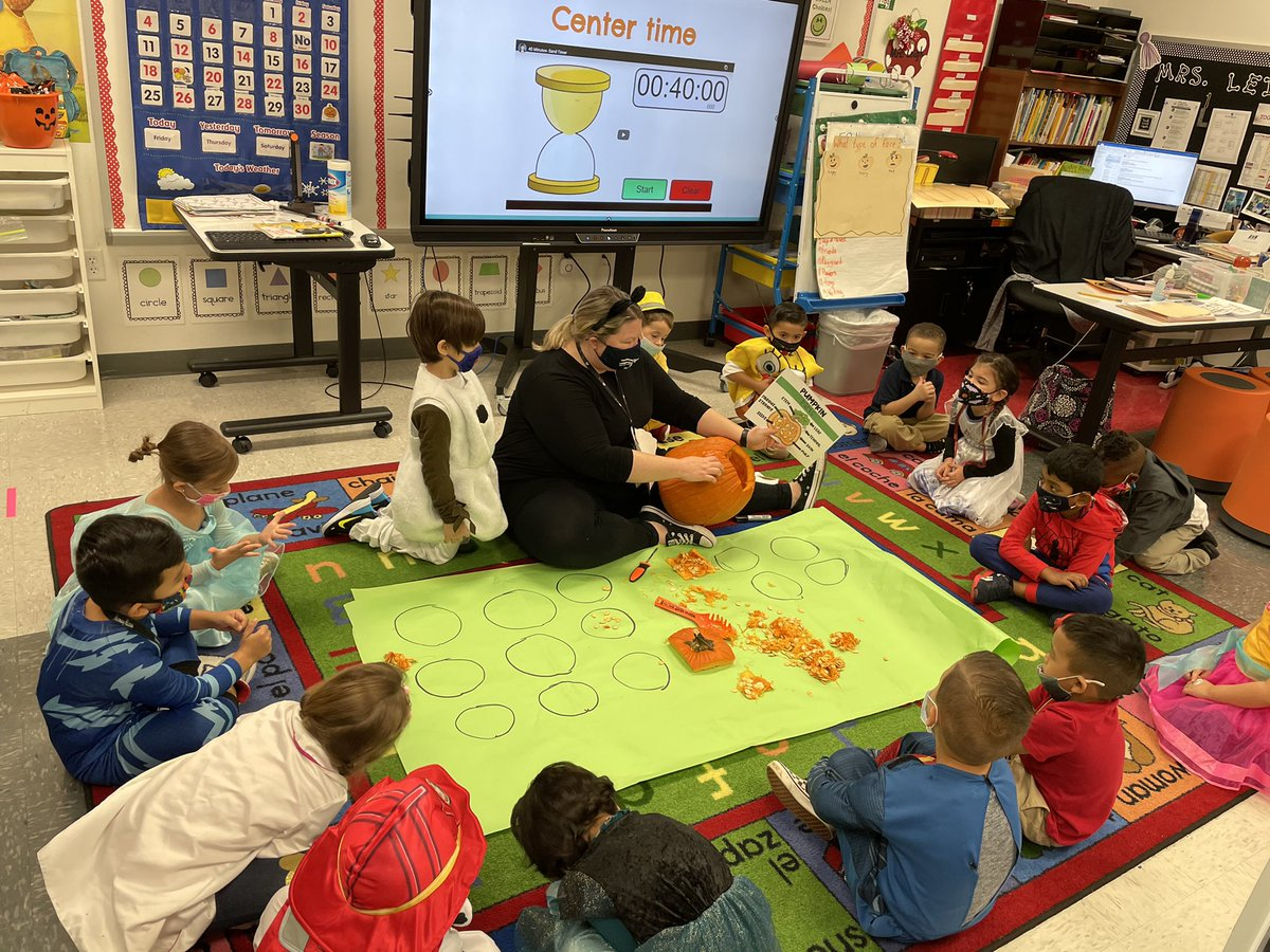 Stark PK investigating and exploring pumpkins dressed as their favorite book characters! @CFBISD