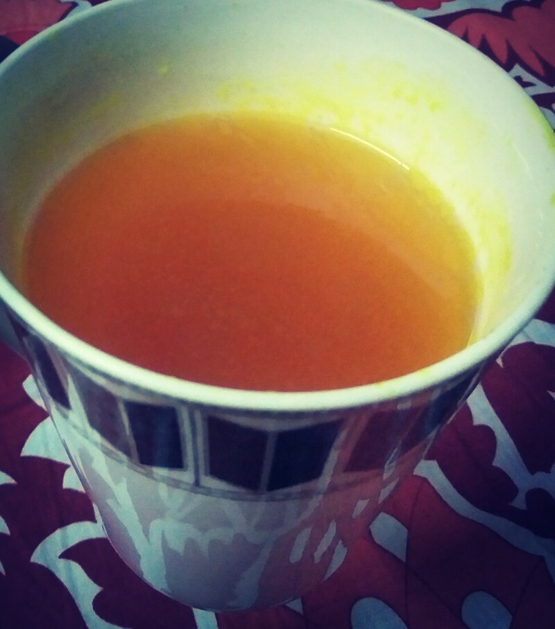 Guess the drink! Benefits: many Disavantage: yellow cup 😃 #HealthCareTips  #sleeproutine #RITUALS  #keepcalmandcarryon https://t.co/Yqs2Kfh9B2