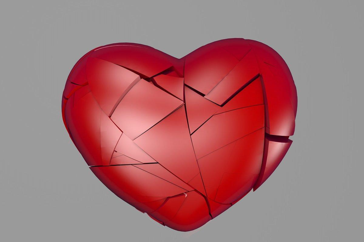 4 Ways yoga teaches inner peace for healing the broken heart. #relationships #yoga #healing #brokenheart  https://t.co/sN3M3fZQKT https://t.co/gNuxEvoZGD