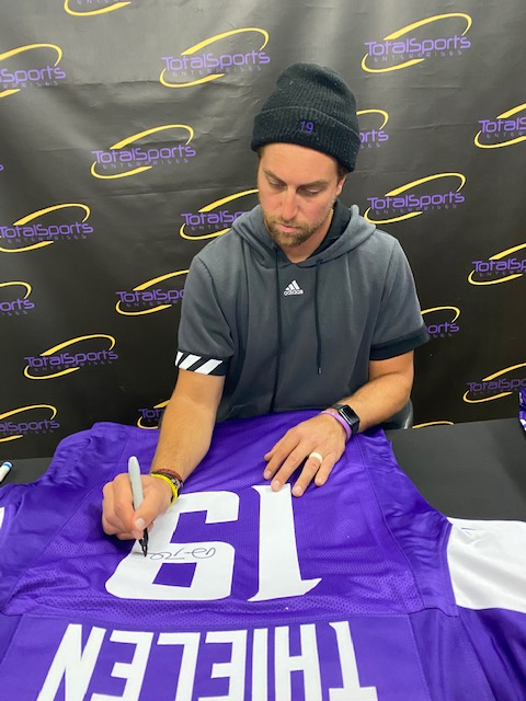 If Adam Thielen scores a touchdown today AND the Vikings win, we'll give an Adam Thielen autographed jersey to someone who retweets this tweet and follows us!