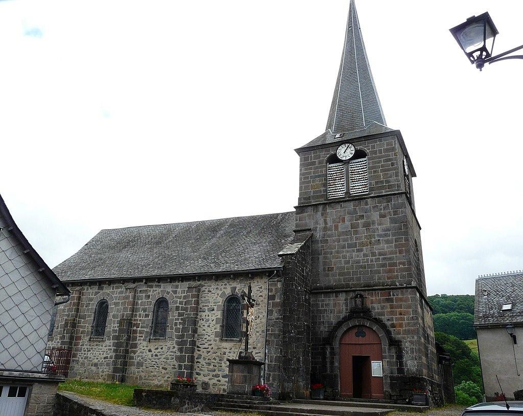 Un monument à découvrir : Église Saint-Austremoine d'Égliseneuve-d'Entraigues à Egliseneuve-d'Entraigues (#PuydeDôme) https://t.co/sU1RpoD6hx #patrimoine https://t.co/p5DOqXwNS1
