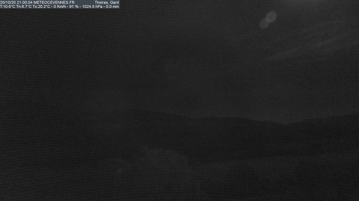 🕰 21:00 en #Cévennes #Gard #Thoiras 🌡 10.6°C (📉 6.7°C 📈 20.2°C) 💨 0.0 km/h (0.0 km/h)🎚1024.5 hPa 💧0.0 mm 💦 91%   📲 https://t.co/gMvK4O1zWX https://t.co/PzZEOppxzp