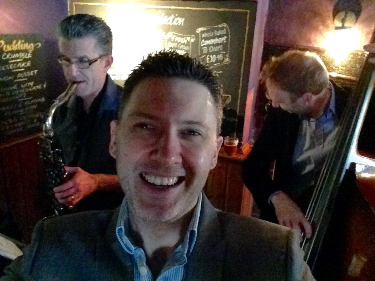 Live #jazz trio this Sunday at @Dog_Duck_Pub in #Linton! 2:30-5pm, me with @louismanouche & Jim Free on #sax! #Sundaylunch #jazztrio #pub #Sundayvibes #1stSundayOfTheMonth https://t.co/h8rNPS7p8A