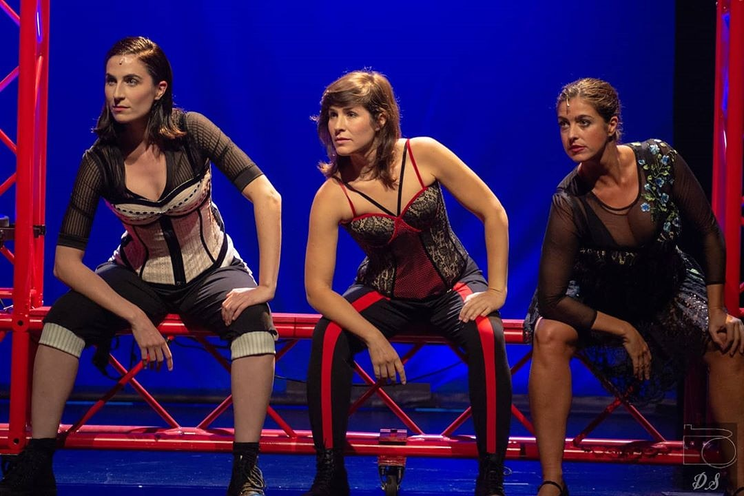 YO, LA PEOR DEL MUNDO / NI, MUNDUKO TXARRENA  Proximas funciones  - 30/10: LEIOA - 6/ 11: SANTURTZI - 11/11: HERNANI - 13/11: ZARAUTZ  - 27/11: ZORNOTZA  @vaivenprod @yleniabaglietto #nereagorriti @ugaitzalegria #culturasegura #teatro #musical #yolapeordelmundo https://t.co/KOpbIAxT8f