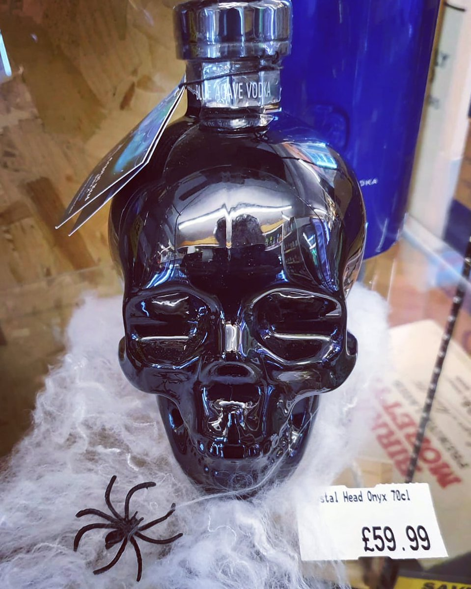Limited edition from @crystal_head vodka....... in stock now!  #onyx #crystalhead #vodka #halloween #skull #spooky https://t.co/tp9VIShwpR