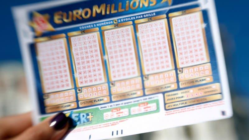 Résultat Euromillions: le tirage du vendredi 30 octobre 2020 https://t.co/XBgVz0Gt16 https://t.co/lyE84UmitR