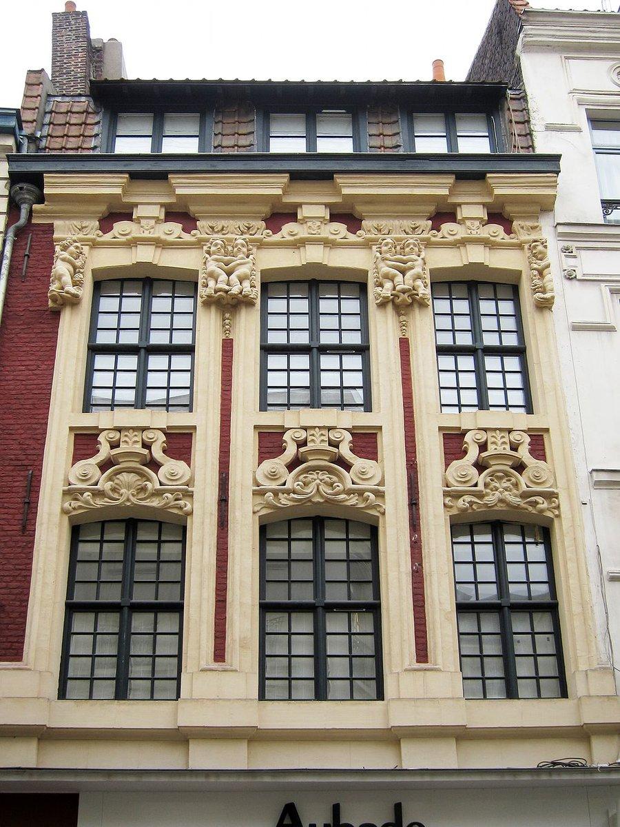 Un monument à découvrir : Immeuble à Lille (#Nord) https://t.co/C0FgjzhIFz #patrimoine https://t.co/KwLD9mNJb0