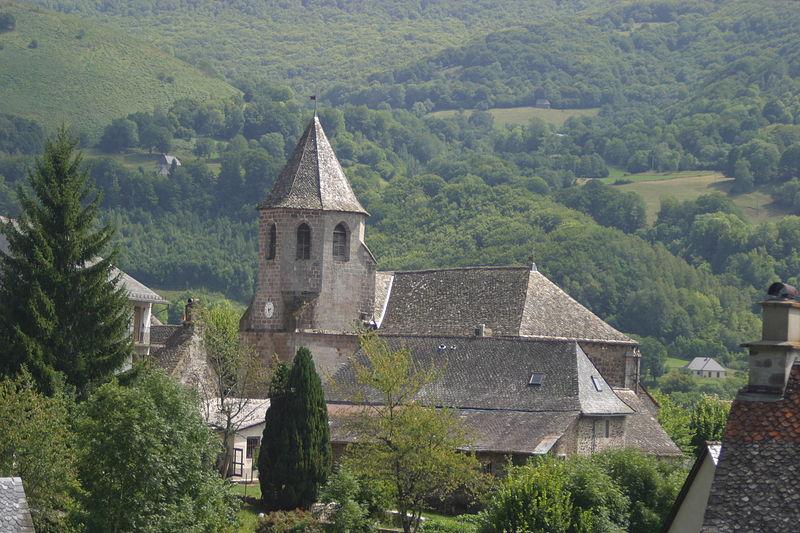 Eglise Saint-Martin à Thiézac (Cantal).  #Patrimoine #MonumentHistorique 👉 https://t.co/TEbhoueioc https://t.co/t1bwhzNsJA