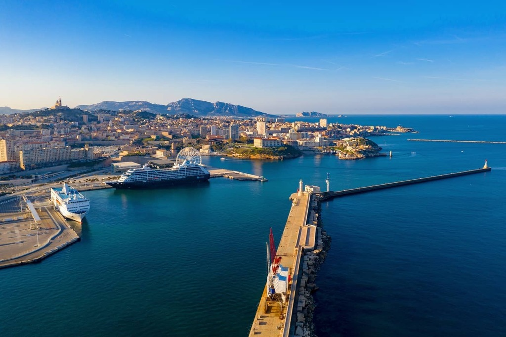 Digging into archives during new lockdown ! Please enjoy 2019 Marseille harbour view  #aerial #aerialbeauty #aerialphotography #agameofdrone #dailyoverview #dji #djiglobal #djimavic2pro #drone #drone_countries #droneart #dronebois #dronegear #dronelife #… https://t.co/oQPcHa2FPg https://t.co/GV2DaGHYyx