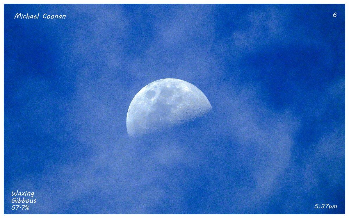 Sunday Evening October 24th Waxing Gibbous Moon 57.7% taken through clouds in Wodonga Australia #StormHour #moon #luna #moonshot #Moon_awards #astrophotography @CherScheff @KayMcCaffery1 @PicPublic @PicPoet #500pxrtg @ThePhotoHour @BonfirePictures @500pxrtg https://t.co/HL4zDeYWFR