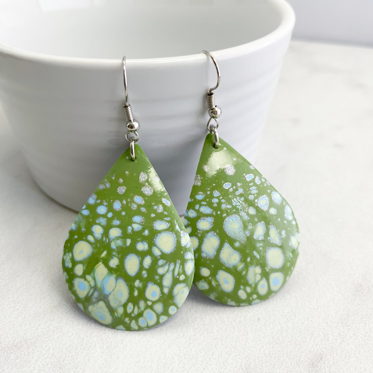 Green Dangle Earrings, Summer Earrings, Handmade Earrings Gift for Her, Gift for Woman, Sage Green Drop Earrings, Free Shipping Style 155 https://t.co/cRD0i4AZXm #style #shopping #shopsmall #etsyshop #gifts #ecommerce #smallbiz #etsy https://t.co/pPwrBFOrAK