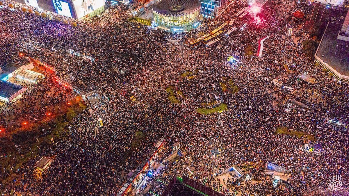 Stunning picture of Warsaw as estimated 100,000 protested for womens rights. (ht @BDStanley)
