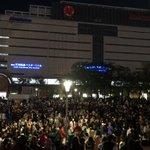 福岡市天神の警固公園、今年もハロウィンで人が集まってしまう・・・