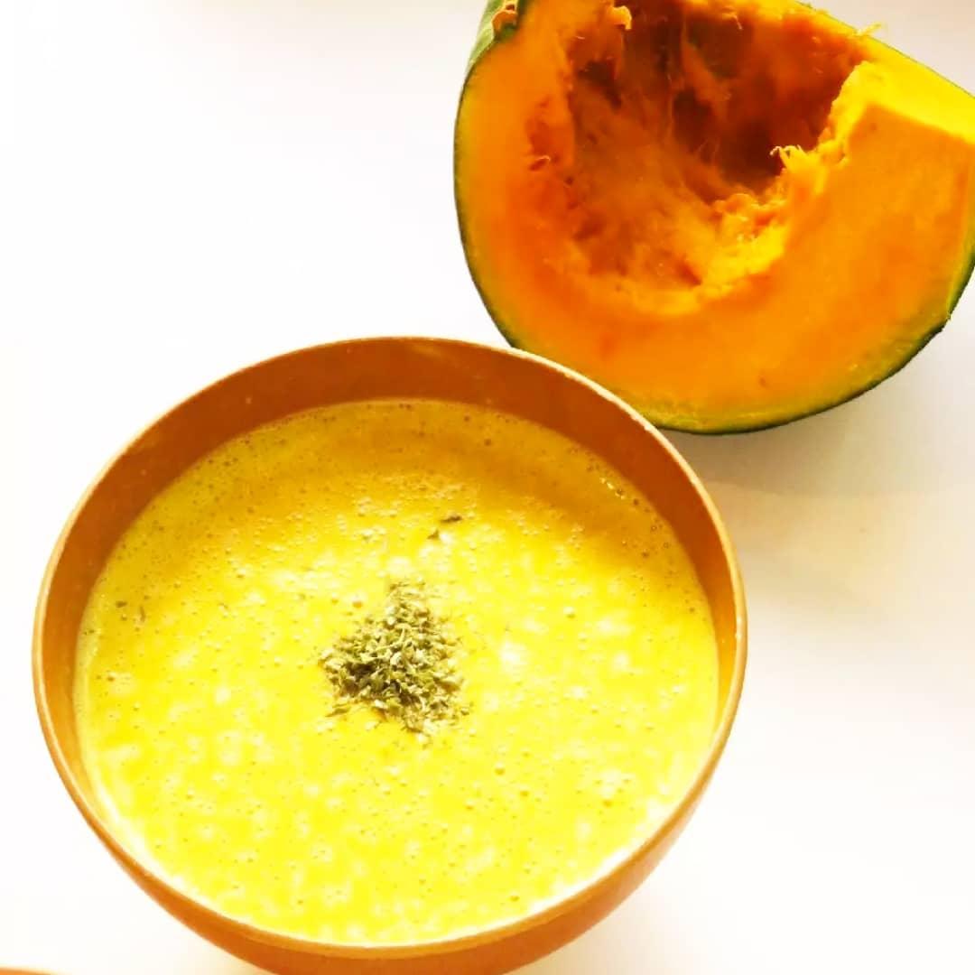 クックパッドで公開している私のレシピをご紹介♪☺牛乳不使用☆簡単♪南瓜のポタージュ☺ by hirokoh ハロウィン繋がりで南瓜のポタージュです🎃#料理好きな人と繋がりたい#Twitter家庭料理部#お腹ペコリン部#おうちごはん#クックパッド #cookpad #ハロウィン2020