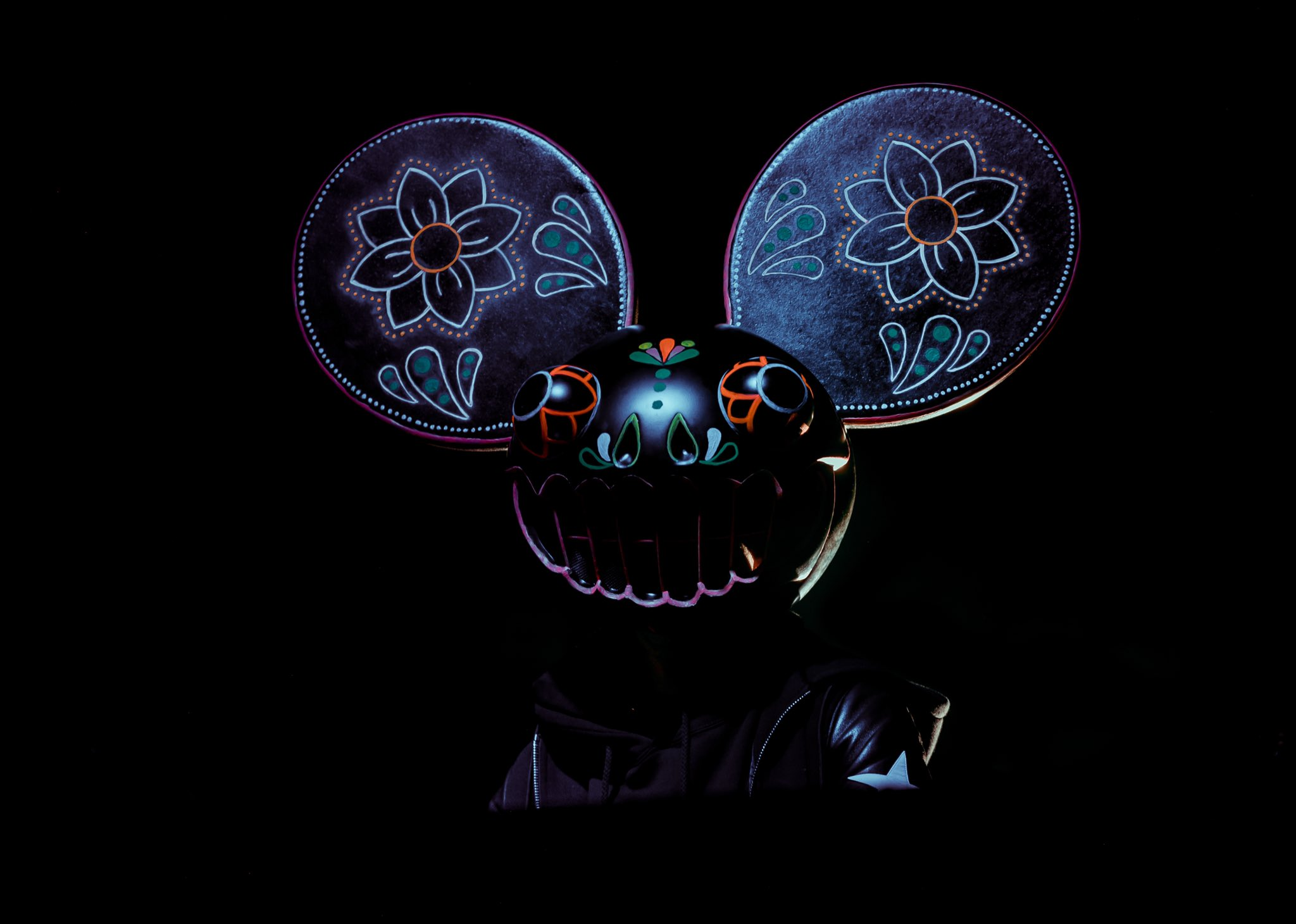 deadmau5 Kiesza Bridged By a Lightwave
