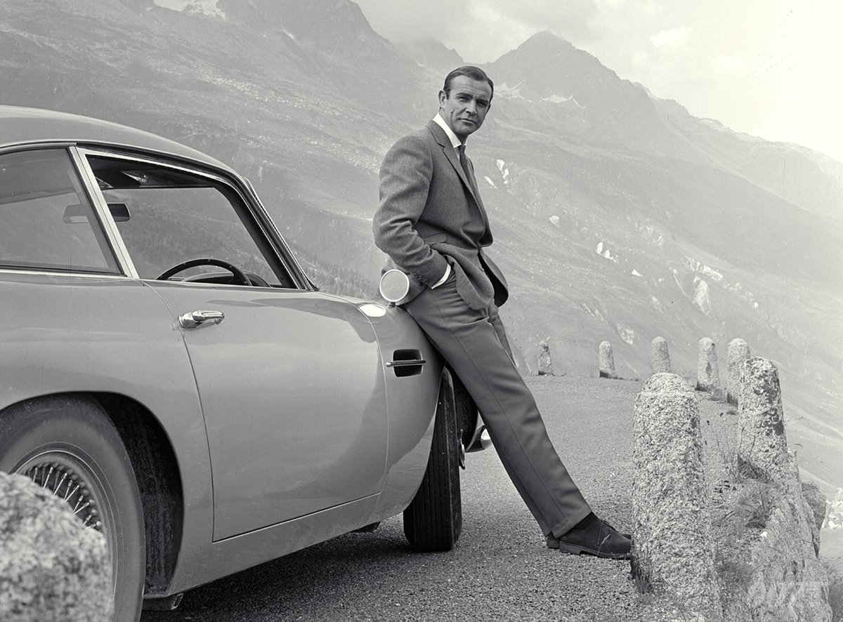 @007's photo on Goldfinger
