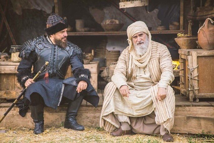 Love this character Ibn al- Arabi in Ertugrul series. He always tell about Prophet Muhammad (SAW) saying and motivates❤ #ertuğrulghazi https://t.co/UL2A7NCVXm