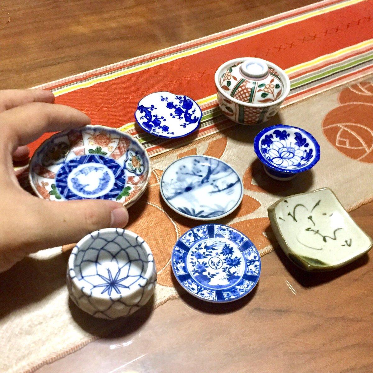 10月31日は陶彩の日! 鮮やかな器は料理を引き立てます。  #マイクロフード #ミニチュア #miniature #ミニチュアフード #料理 #microfood #diet #edibleart #迷你 #tinyfood #japan #今日は何の日 #日本 #陶彩の日 #陶彩 #陶器 #器 #食器 #豆皿 #手塩皿 #和陶器 #蚤の市 https://t.co/KBurxyR9dz