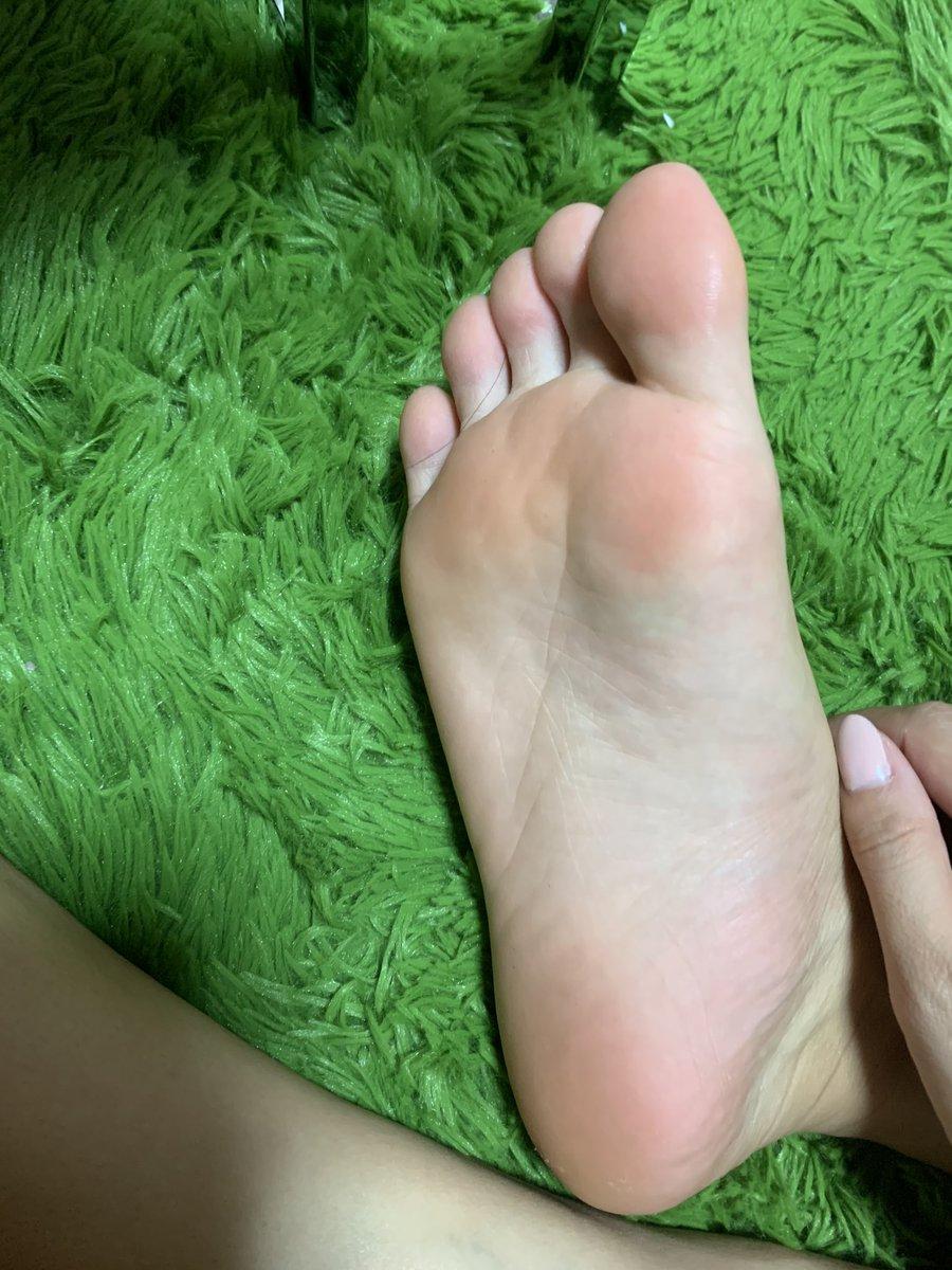 の 裏 痒い 足