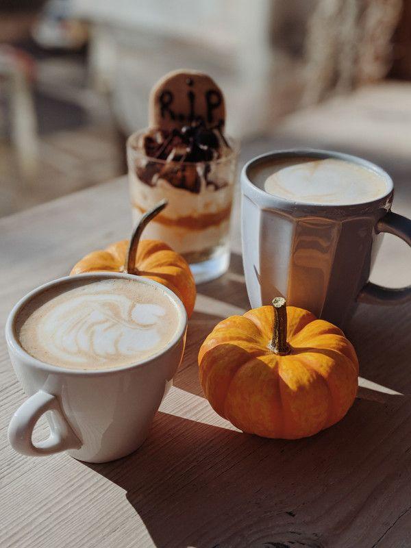 #HappyHalloween, Are you #trickortreating? #Halloween #Halloween2020 #pandemic #socialdistancing #blog #blogging #blogger #momblog #parentblogger https://t.co/d5RKn27OhY