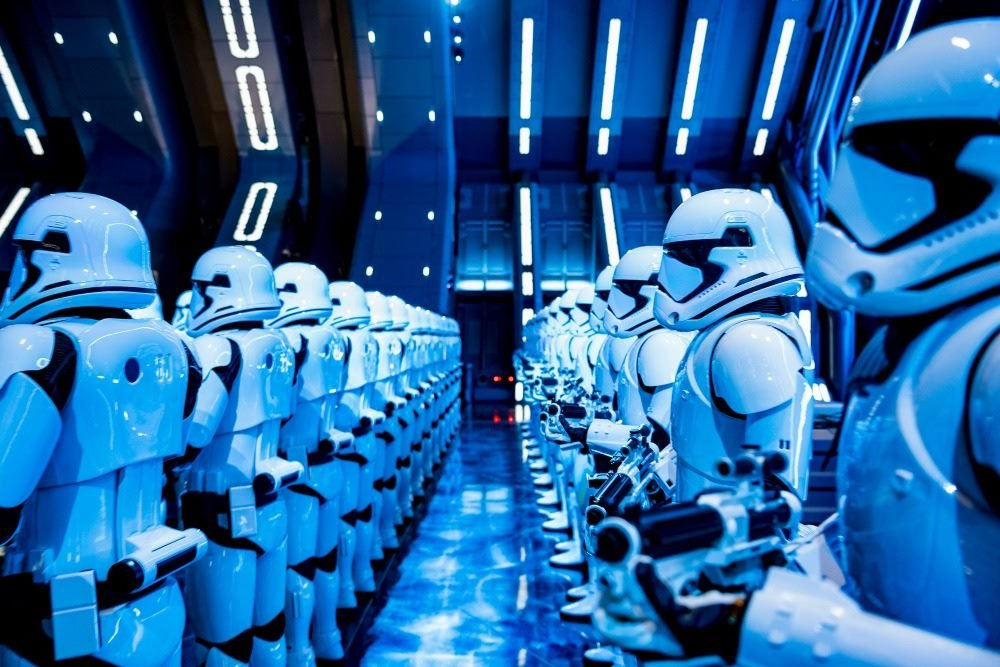 """""""Clap on...Clap off"""" - here's what the First Order stormtroopers look like with the lights on...and off. #GalaxysEdge #RiseoftheResistance #StarWars #Disney #FirstOrder https://t.co/iMwQoLLy9G"""