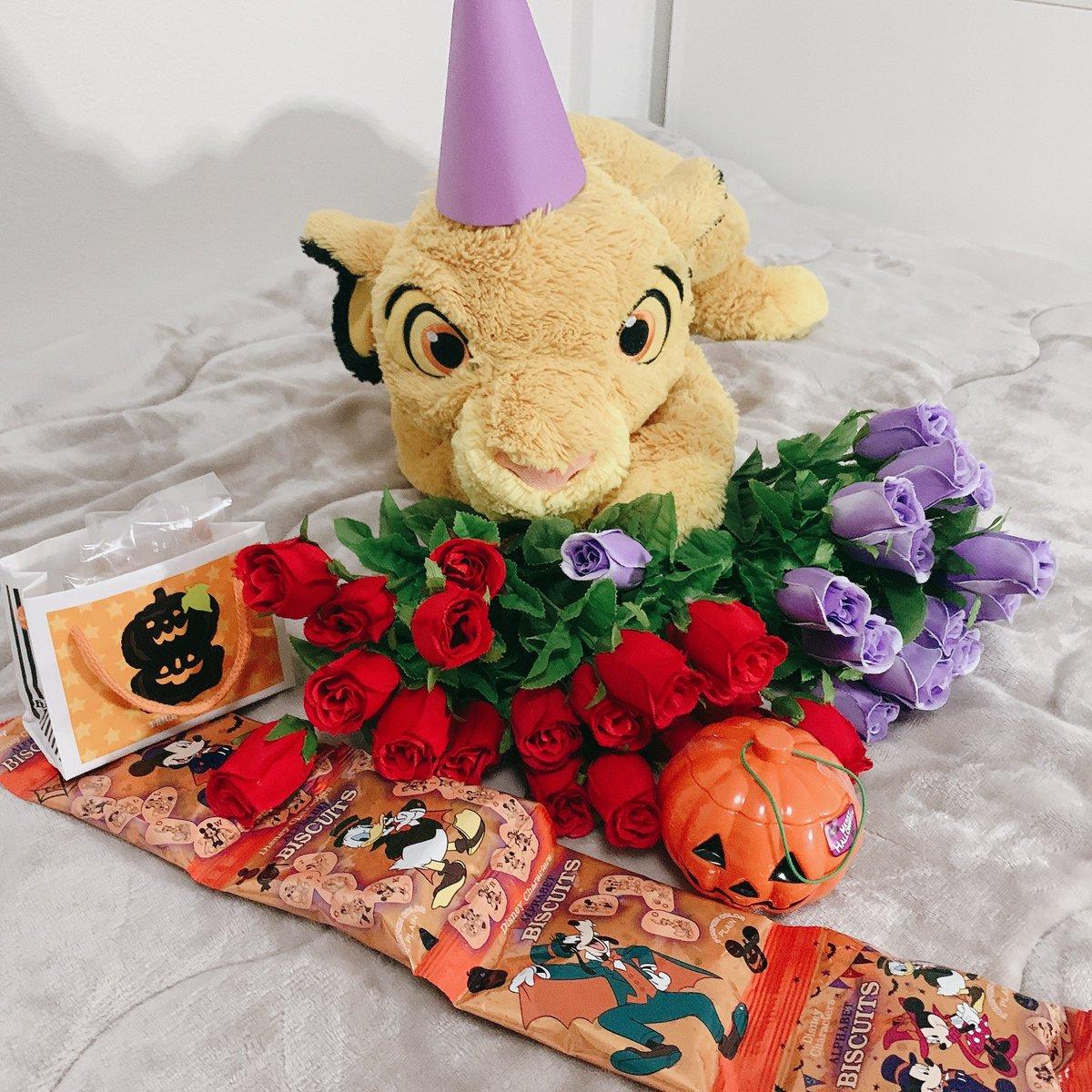【 #RT希望 】⑥  今日の配信小道具はほぼだ大好きなお姉ちゃんがくれたやつです💓 チョコレートはオシャレな味すぎて感想が難しかったちょ💦笑  #MODECON #ミクチャ #ハロウィン #RT数が審査対象になっています #RT数競ってます #Halloween #Disney https://t.co/C8kHLFVhch