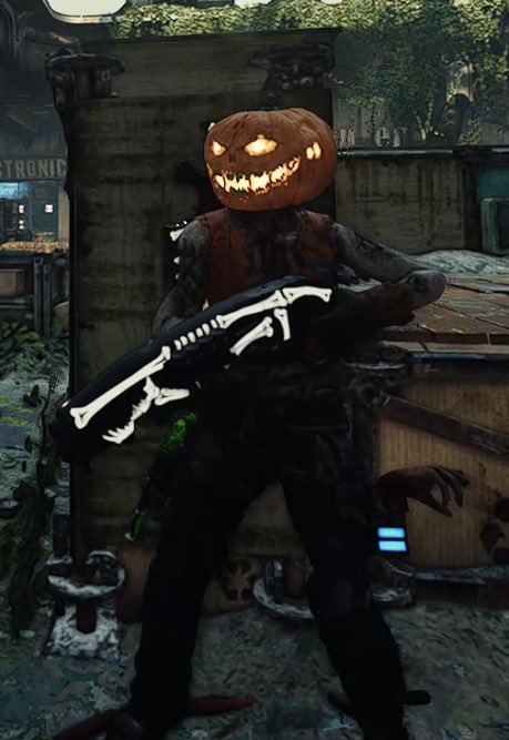 Happy Halloween from your 2 favorite pumpkin heads! @CoalitionGears thanks for the fun event! #Pumpkinball