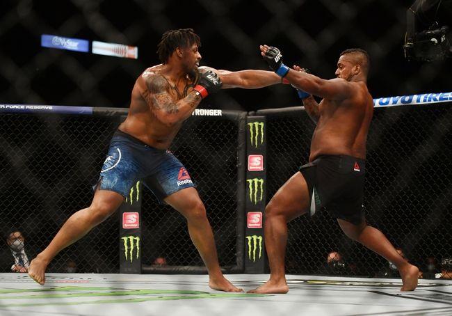 UFC Vegas 12: Greg Hardy vs. Maurice Greene Picks, Odds, and Predictions https://t.co/W5LbsTY9rl #ufc #ufc249 #ufcfl #ufcjax #ufcfightnight #ufc176 #ufcvegas #ufc250 #ufcapex #gamblingtwitter #bettingtwitter #bettingtips #freepicks #espn #ufcvegas12 #betting101 #bettingpeople https://t.co/MdF5c3seFz