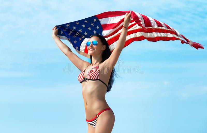 Работа в америке для девушек девушки модели в ртищево