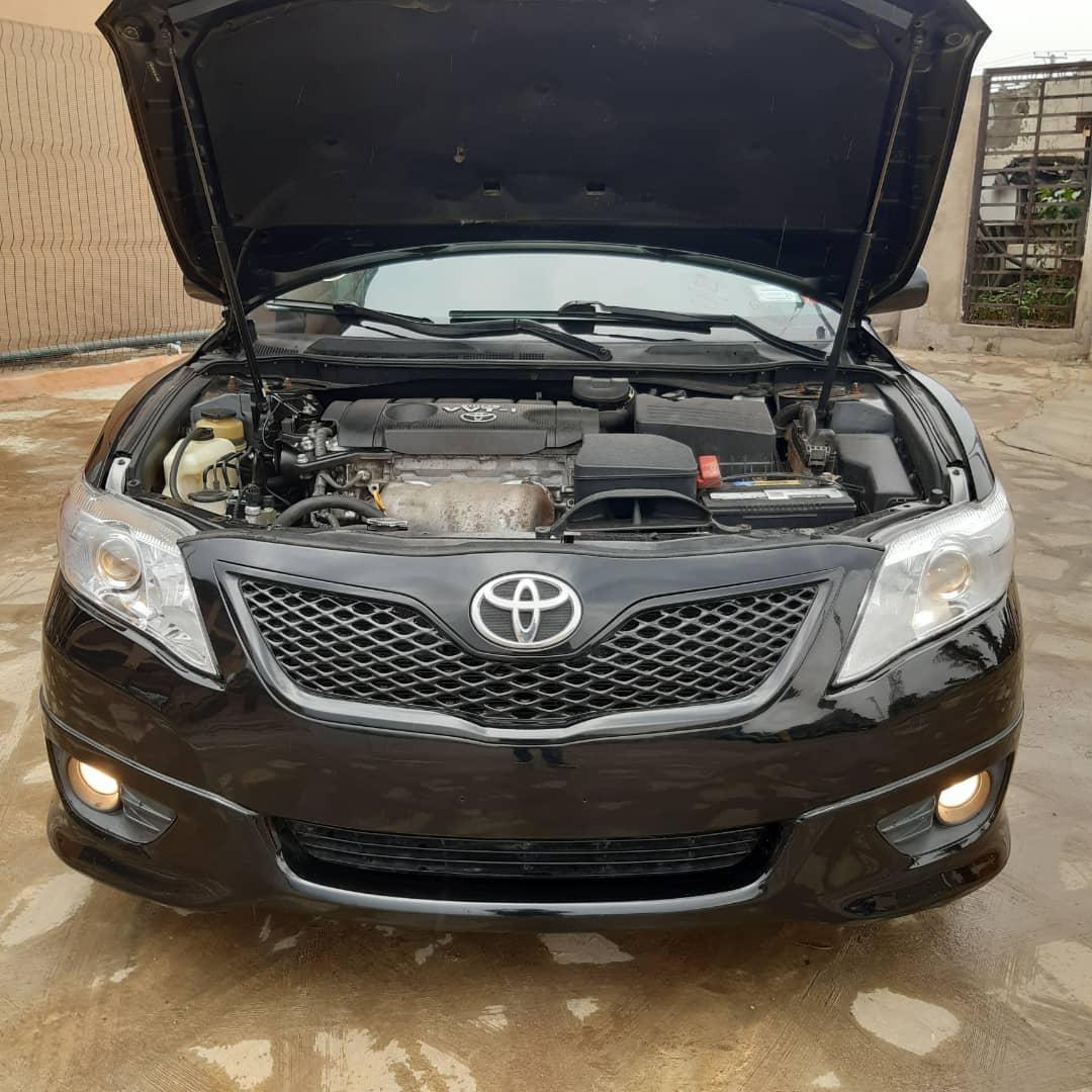 Replying to @LagosMegida: 2010 Toyota Camry Sport.... @CarDealerBot @carmartnigeria @Gidi_Traffic @bustopsng @SyntacleNig
