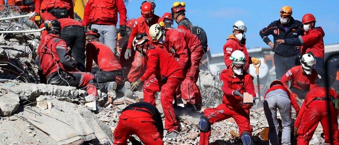 , Τουλάχιστον 69 οι νεκροί, 949 οι τραυματίες στη Σμύρνη και τα περίχωρά της, INDEPENDENTNEWS