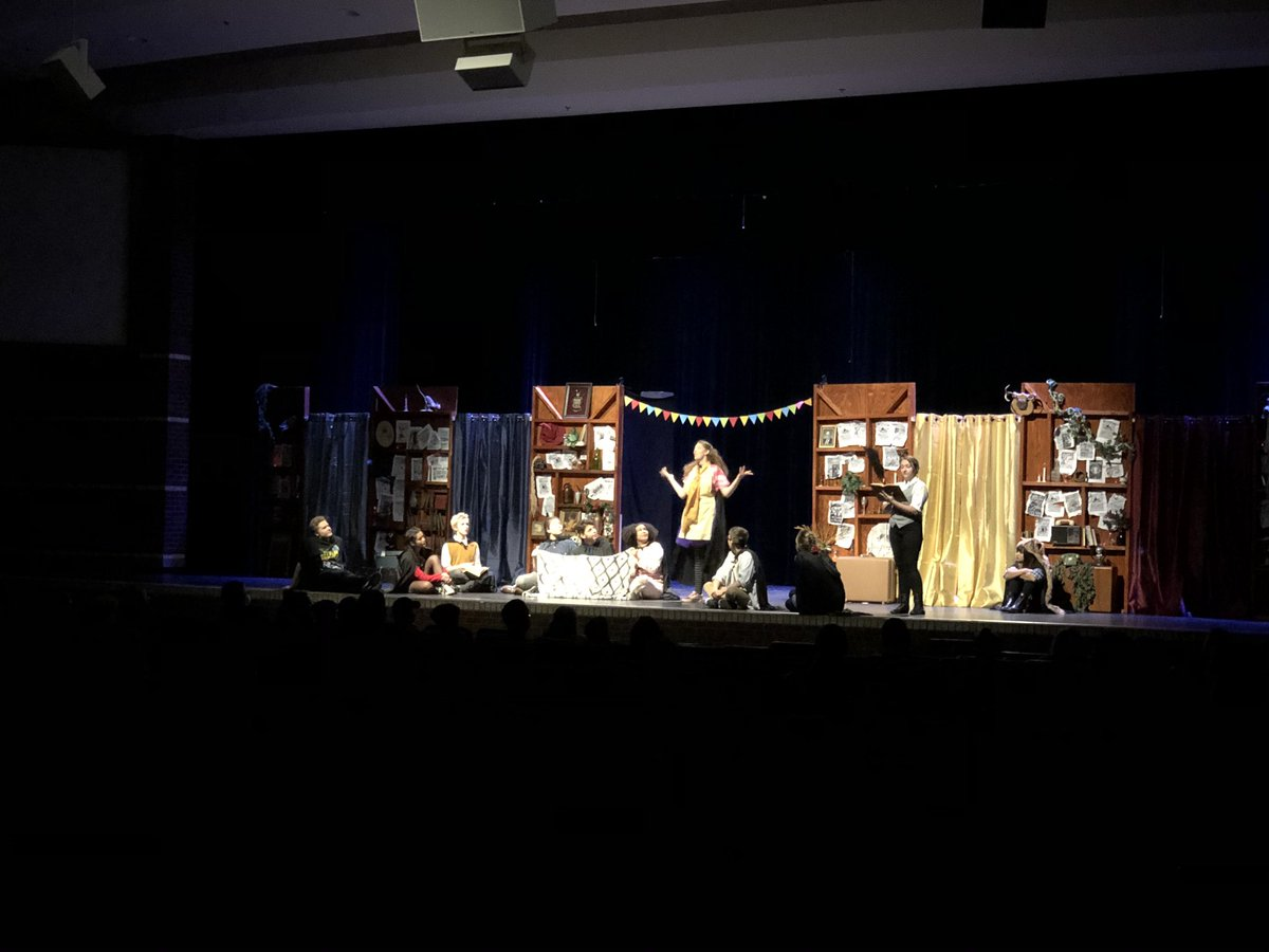 Sunday matinee proved to have a huge turn out!!! Great job to all students and directors.