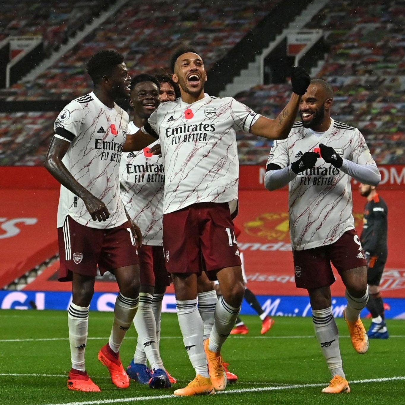 Arsenal sorprende a Manchester United en Old Trafford con un tanto de Pierre-Emerick Aubameyang
