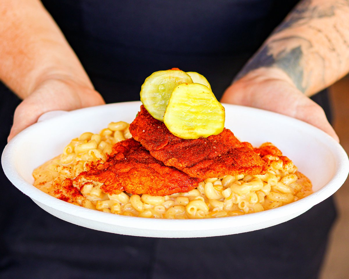 Kick Mac 'n cheese up a notch with our NASHVILLE HOT MAC! Nashville Hot Chicken with Lucille's Mac N' Cheese and Pickles! 🙌🏻🐔🔥 #BigChickenShaq