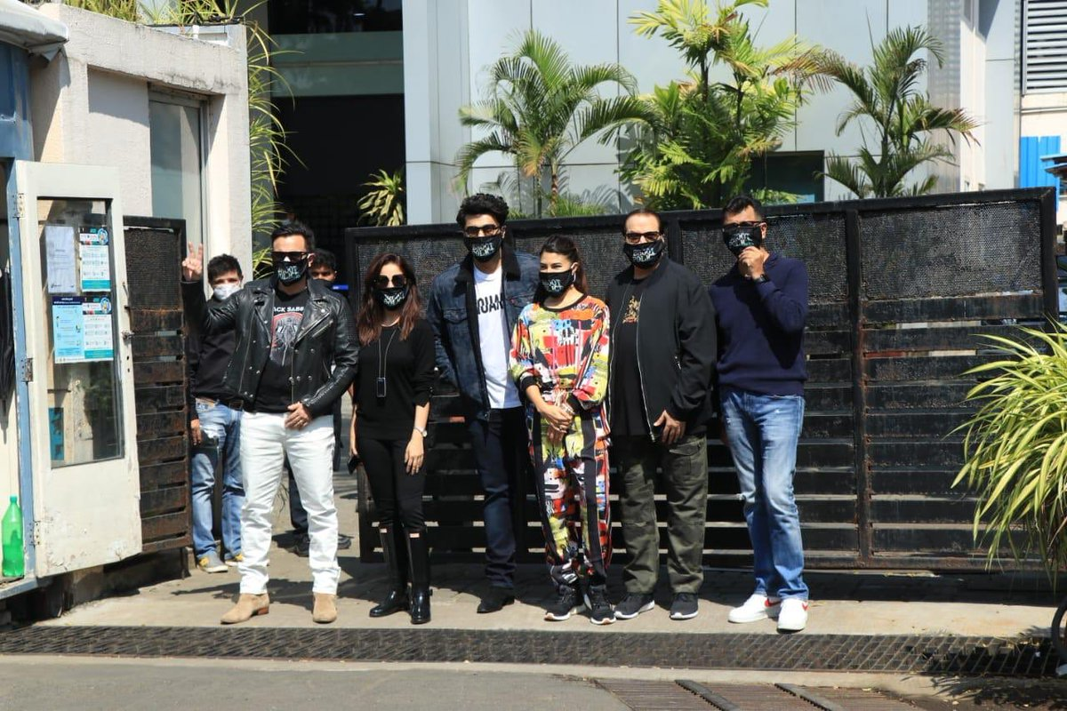 Team Bhoot Police finally kickstart their shoot for the film!   #SaifAliKhan @arjunk26 @Asli_Jacqueline  @yamigautam  @RameshTaurani  @puriakshai #PavanKirpalani #JayaTaurani @tipsofficial #12thStreetEntertainment  #BhootPolice
