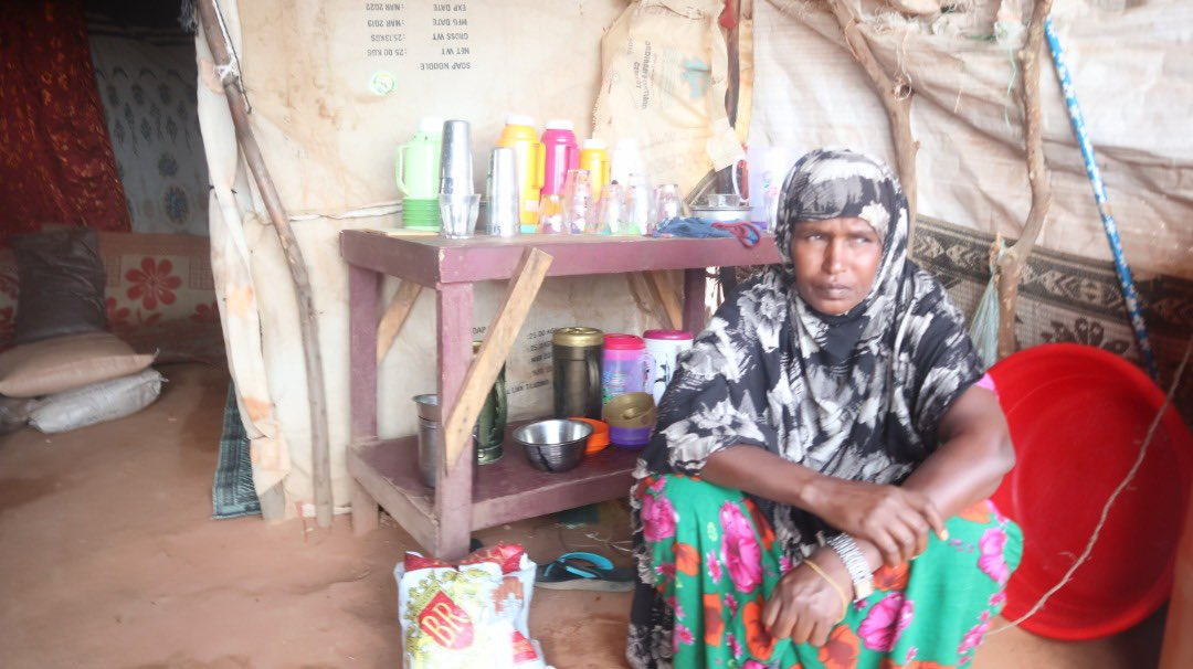 Hibaaq was a displaced woman with 16  family members after received Cash assistance from @TaakuloSomali  and @PlanGlobal. she started her own small business. Thanks to @PlanUK   read More 👇 …  @PlanUK #planinternational  @decappeal #decappeal