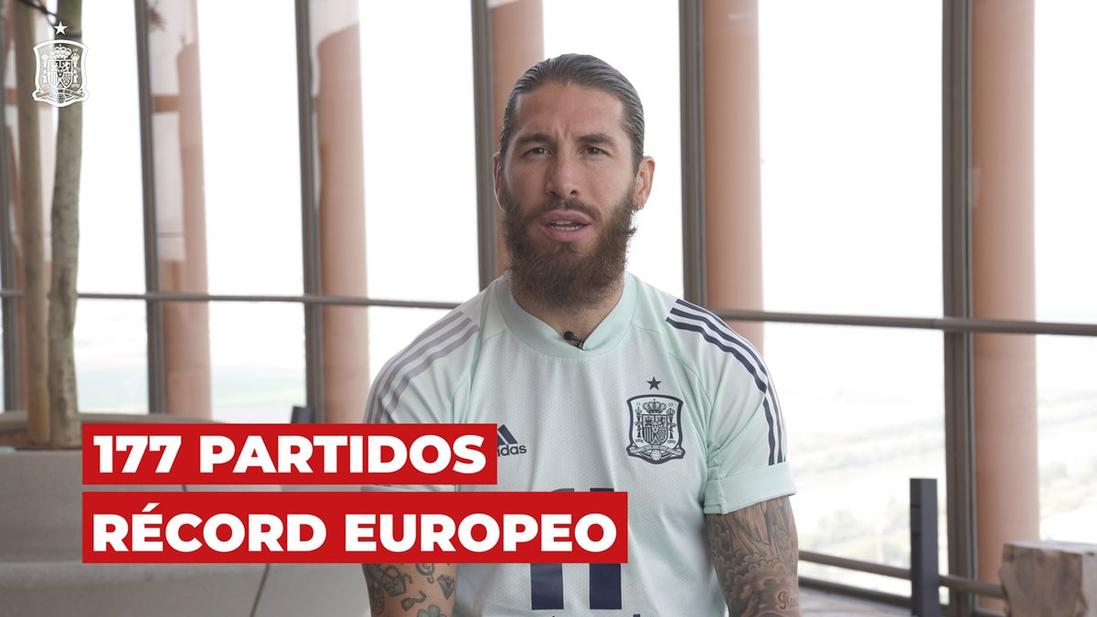 """1⃣7⃣7⃣ partidos y los que están por llegar.   ⭐️ El capitán de la @SeFutbol, @SergioRamos, habla de su récord de internacionalidades, la """"final"""" de mañana ante Alemania y cómo daba sus primeras patadas a un balón contemplando su Sevilla natal.  #SomosEspaña  #SomosFederación"""