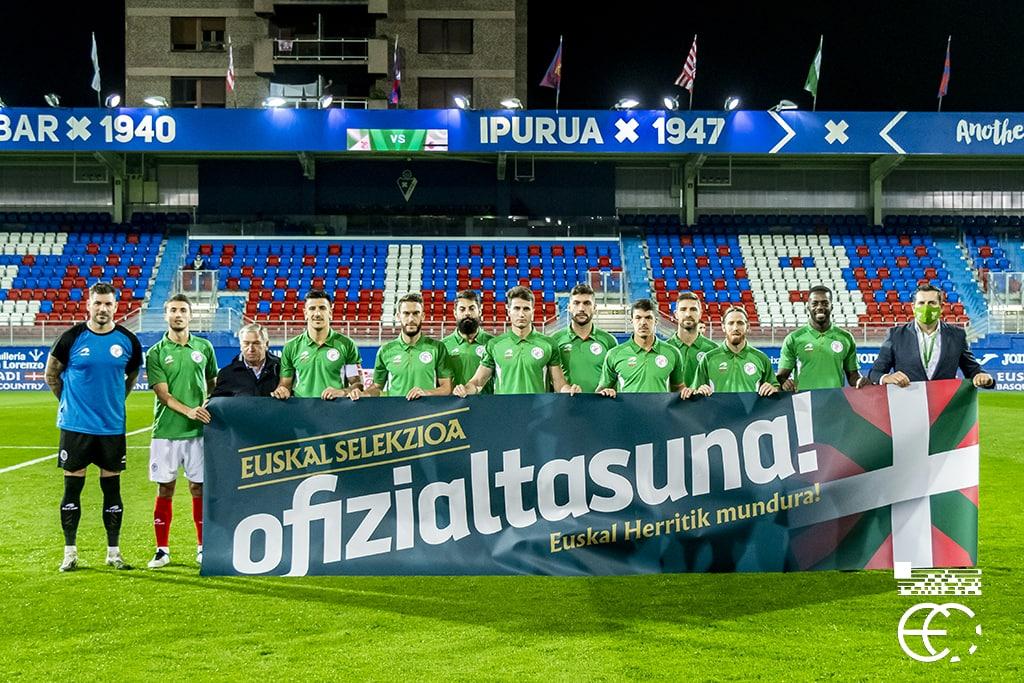 AMAIERA  Euskal Selekzioa 2-1 @fedefutbolcrc   #BatzenGaituelako ❤💚⚪
