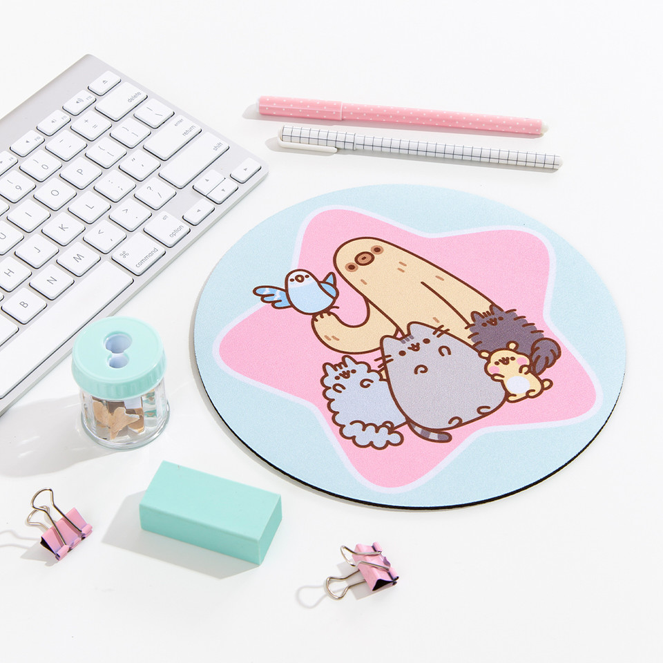 #Pusheen and her friends are here to keep you company while you work! 💻 #PusheenMousepad bit.ly/38PCwIQ