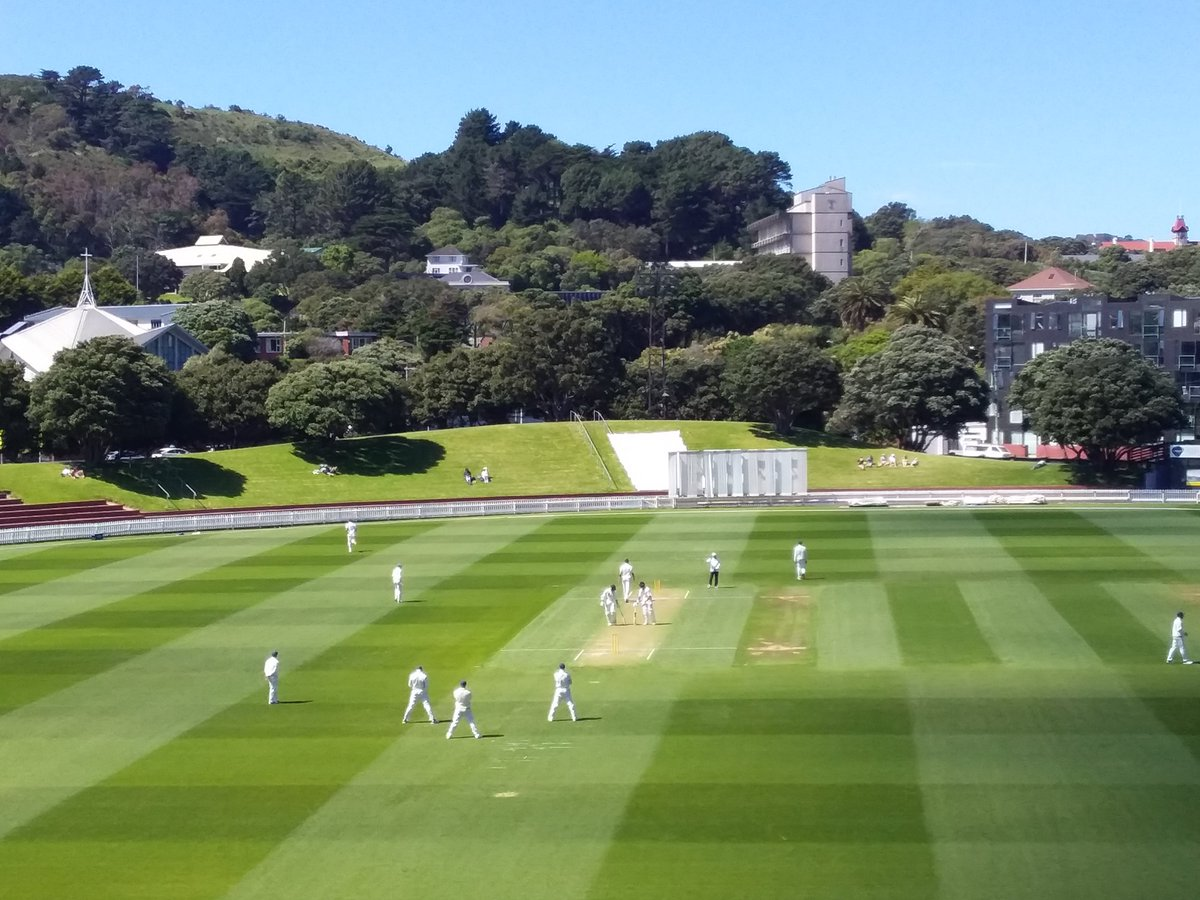 A glorious morning at the Basin Reserve