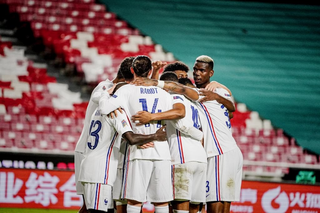 Family!!! ❤️ Top performance 🙌🏾Through to the Final Four! 🇫🇷 #NationsLeague