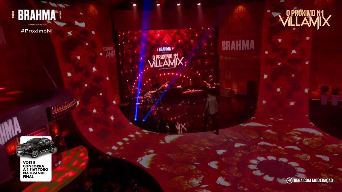 Esse palco absurdamente lindo todo trabalhado no LED. #ProximoN1 @brahmacerveja #AprecieComModeracao 📺 Assista no Youtube @villamix:  *ad