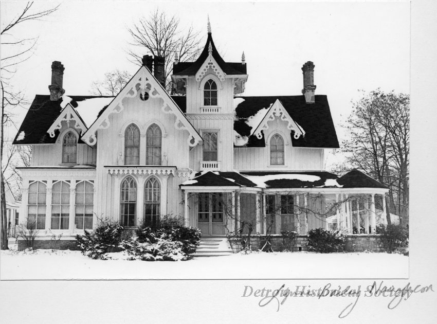 #Architecture Awesome of the Day: #Victorian #Gothic-ish Samuel Lewis Home 🏠 'Wedding Cake House' (Built in 1859 By Gordon W. Lloyd) on East River Road in #GrosseIle #Michigan #USA 🇺🇸 via @MichiganHist #SamaPlaces 🗺️